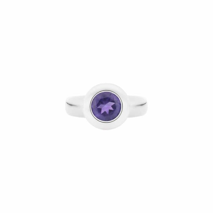 amethyst ring in argentium silver(top view)