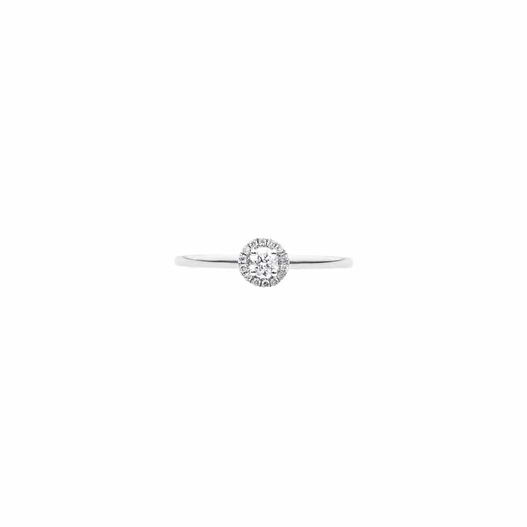 18ct brilliant cut diamond engagement ring