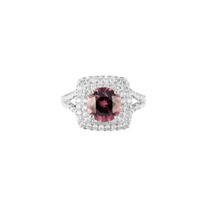 burmese spinel and diamond ring(top view)