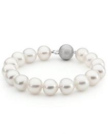 white south sea pearl bracelet with 18ct white gold matte finish clasp