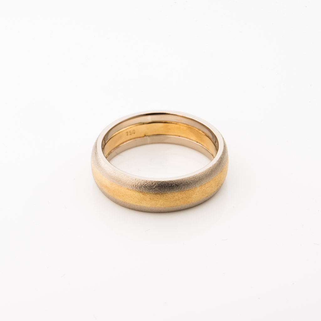 two tone satin finish gents wedding band in 18ct gold